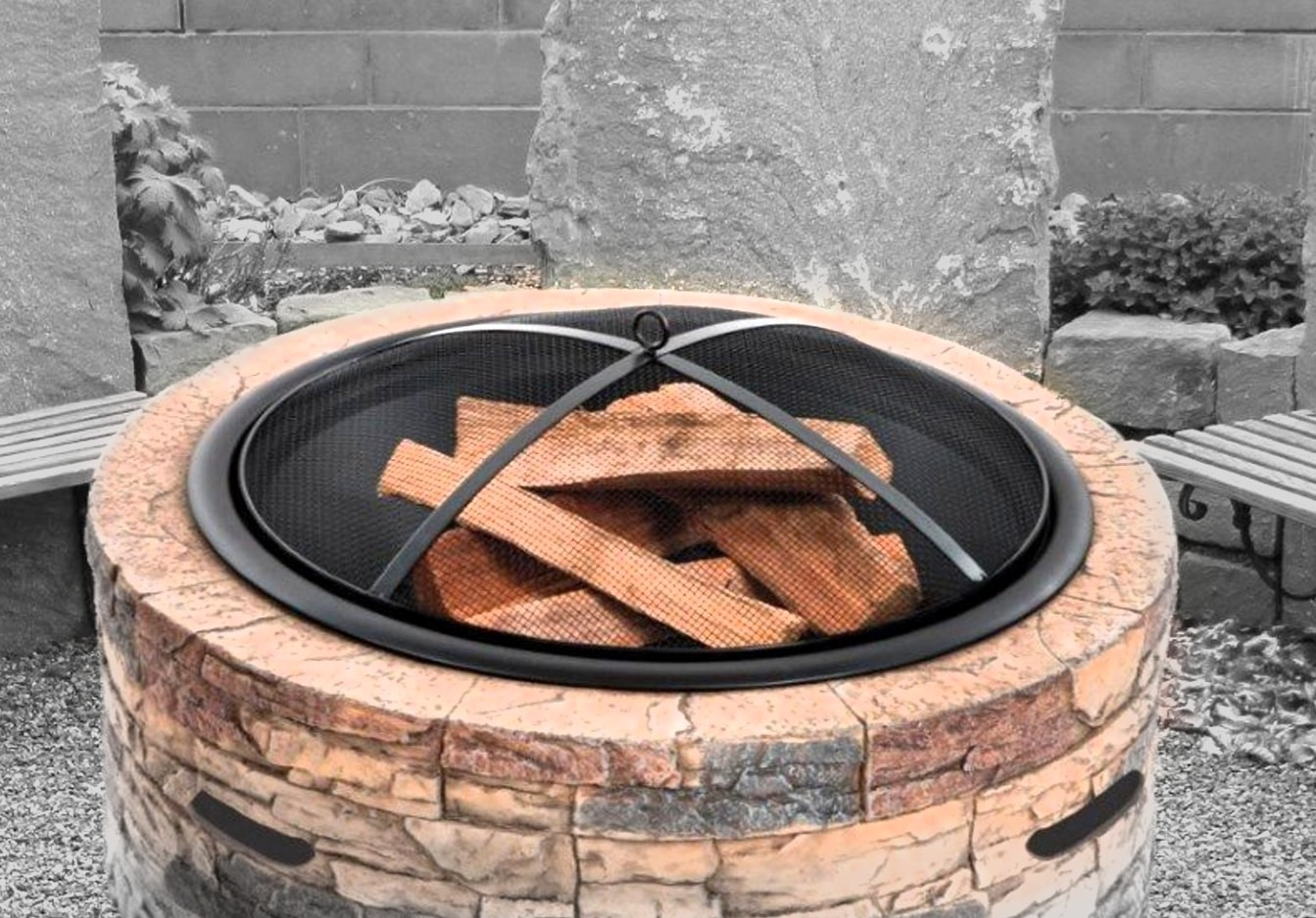 All About Fire Pit Screens