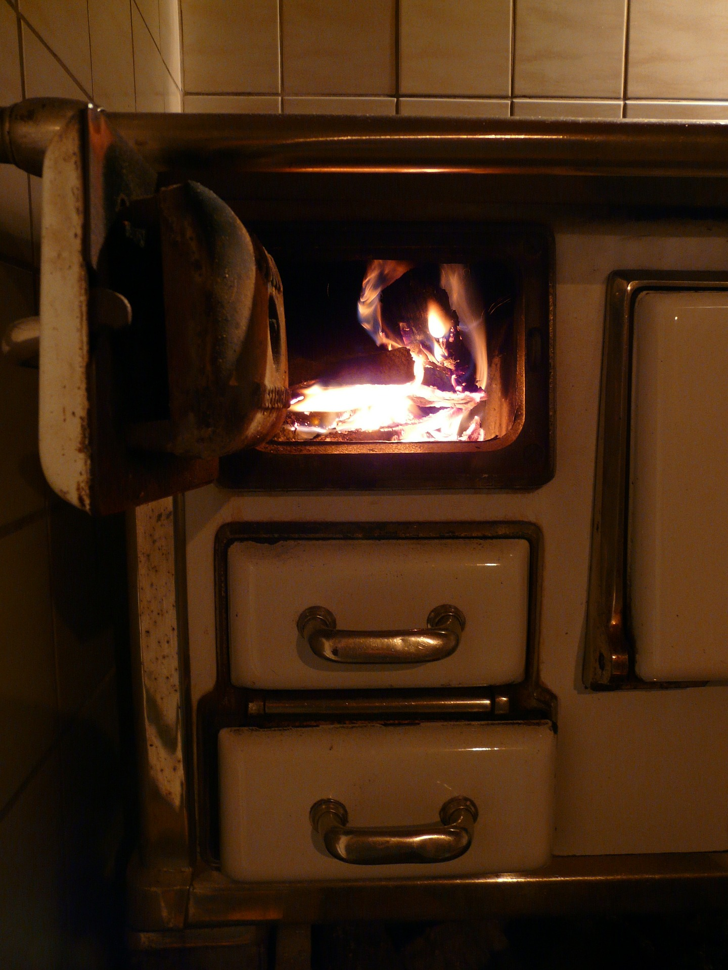 Antique wood stove used for creating recipes for winter.