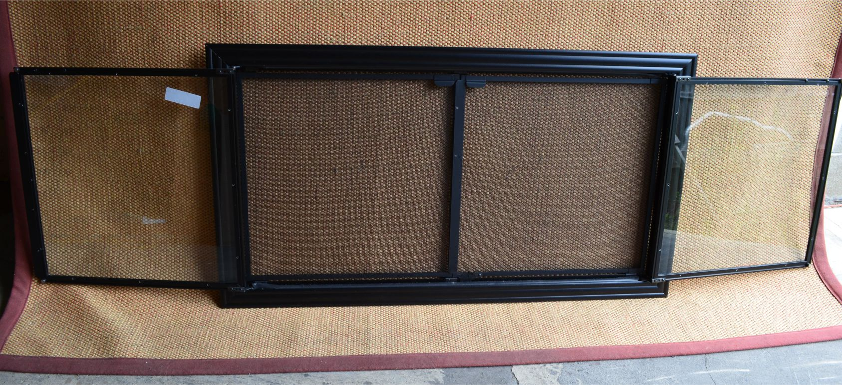 49x27 Inch Textured Black Gasketed Madison 4 Sided