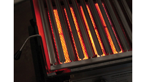 The twin ceramic plaque infrared burners turn 40,000 BTUs into a temperature range of 350 degrees to 1,600 degrees