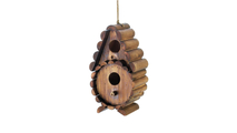 Round Log Birdhouse 1