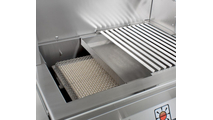 The BBQ tray helps to catch grease and food particles