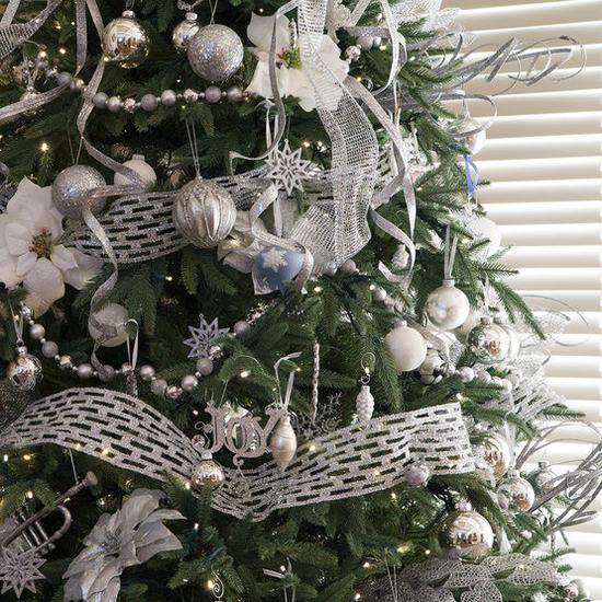"""8-6-6.5""""H Full 54""""W Noble Fir Prelit Tree Warm White LED 600"""