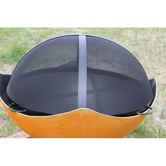 Manta Ray Wood Burning Fire Pit with Spark Guard