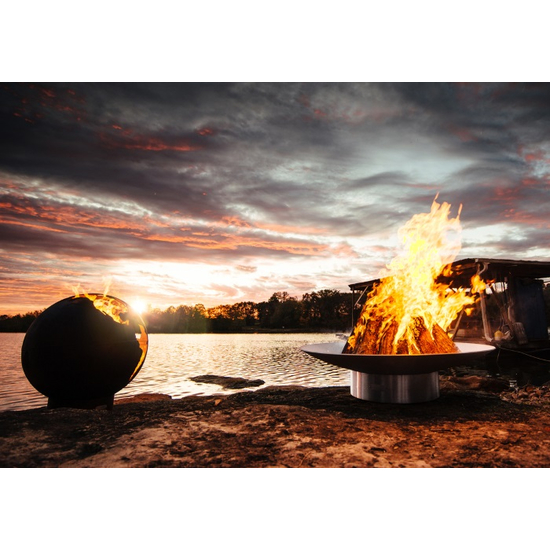 Bella Vita Fire Pit with Third Rock Fire Pit