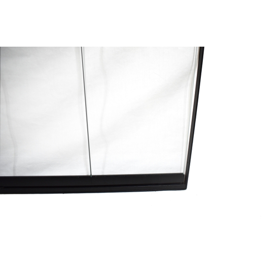 Thin-Line Front Corner